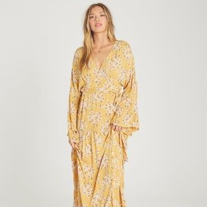 Billabong Maxi Floral Wrap Dress—open to offers